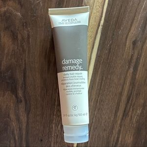 NWT AVEDA Damage Ready leave-in hair treatment